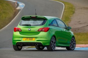 Corsa sri green